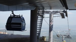Gondola and chairs of the new Kopa cablecar in Karpacz